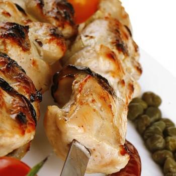 Peito de frango com alcaparras
