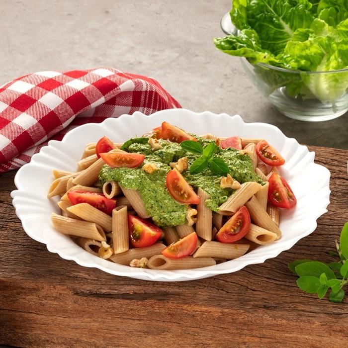 Penne Integrale com Pesto e Tomate
