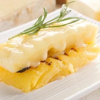 Polenta Paganini com cream cheese e queijo Pecorino